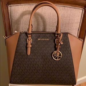 Michael Kors Ciara Satchel Signature Brown